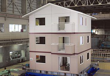 日本ツーバイフォー建築協会の実大耐震実験